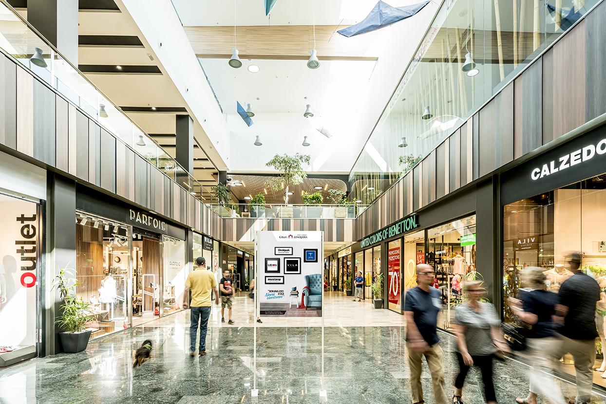 Centro comercial gran jonquera proyecto safareig creatiu - Centro comercial la jonquera ...